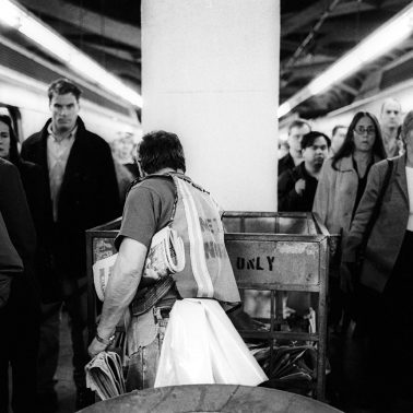 People arriving at Grand Central Station in NYC 2 days after 9/11