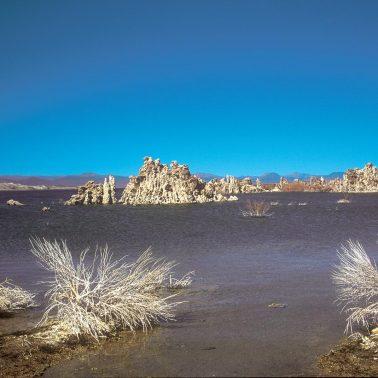 Mono Lake Tufa State Natural Reserve